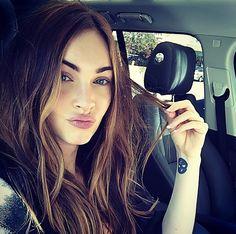 Pin for Later: Toutes les Stars Que Vous Devriez Suivre Sur Instagram Megan Fox Suivez Megan: the_native_tiger