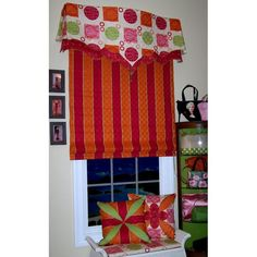 Window 310 - try to look at the design, not the fabric choices!