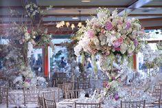 Wedding Cakes | High end Floral Design | Pedestals Floral Decorators