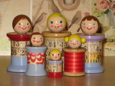 spool dollies-- for little girls who's Mommys won't allow them to play with Barbies. I was one of those little girls:( Wish I would have thought of using mamas spools instead of my little brothers hot wheel collection. Wooden Spool Crafts, Wood Spool, Wooden Pegs, Wooden Dolls, Diy And Crafts, Crafts For Kids, Craft Projects, Projects To Try, Sewing Rooms