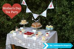 Delightful Mother's Day Tea with Free Party Printables styled by #sweetonparties with printables by #freeprettythingsforyou for #yesterdayontuesday