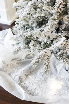 Diy flocked christmas tree artificial tree flocked christmas how to flock a christmas tree solutioingenieria Gallery