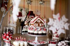 Ally & Hudson's gingerbread party | The most amazing/lavish gingerbread house party you've ever seen! Gorgeous.