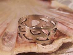 Selkie Ring £18.00