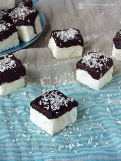 Healthy Low-Carb Marshmallows (low-carb and paleo, <1 g net carbs!)