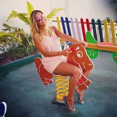 Instagram media by evepresenter - Kiddie fun #horseride #horse #playground #summertime #summer #sunshine #evejaso #assyrian #assyriangirl #evepresenter #jumeirah #myuae #uae #dubai #mydubai #mydxb #dxb #dubailife #indubai #instadubai