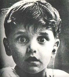Harold Whittles hears for the first time ever after a doctor places an earpiece in his left ear. Read more: http://ilyke.co/the-most-powerful-and-moving-pictures-through-past-and-present--the-last-5-are-inspiring-and-moving/40964#ixzz3ywc5LX47