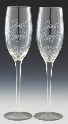 As part of the Traditional Clear Champagne Glassware range, Boxer offers various wedding titles such as Just Married, Bride and Groom and Engagement. The glasses are supplied in matching pairs and beautifully presented in a ribbon-tied gift box. There is also a line of anniversary glasses for 10 and 25 years. www.boxergifts.com