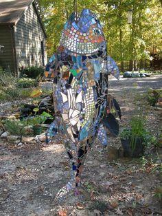 MOSAIC FISH SCULPTURE | Etsy Mosaic Crafts, Mosaic Projects, Art Projects, Mosaic Ideas, Stone Mosaic, Mosaic Glass, Glass Art, Stained Glass, Sea Glass
