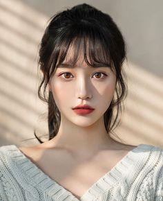 Korean Beauty Girls, Pretty Korean Girls, Cute Korean Girl, Asian Beauty, Korean Bangs Hairstyle, Hairstyles With Bangs, Ulzzang Hairstyle, Uzzlang Girl, Girl Face