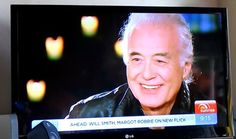 Feb 28, 2015 UK Entertainment Reporter Steve Hargrave interviews Led Zeppelin guitarist Jimmy Page on life, One Direction and air guitar.  https://au.tv.yahoo.com/…/video/watch/26468023/rock-royalty/