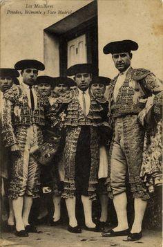 Los matadores Posadas, Belmonte y Paco Madrid, 19--?