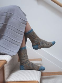 Oxbo Socks knit in Berroco Vintage. Pattern by Mary Lou Egan Knitting Socks, Mary, Booty, Gift, Projects, Pattern, Vintage, Fashion, Knit Socks