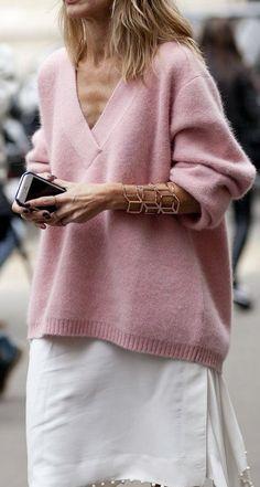 Jersey rosa XL y accesorio de pulsera.