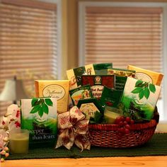 Get wonderful Gift Basket Ideas in USA from renowned online gift shop at GWT Gift Baskets.