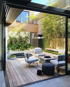 rob jones landscapes design / schiff residential garden, hermosa beach (architecture: michael lee) There are Small Backyard Gardens, Backyard Garden Design, Diy Garden Decor, Backyard Patio, Backyard Landscaping, Balcony Garden, Architecture Courtyard, Residential Architecture, Outside Living