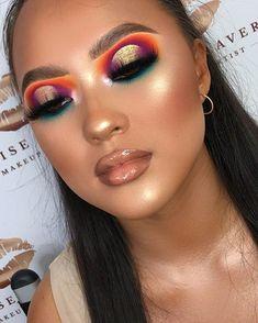 Hervorragendes Augen-Make-up - LadyStyle - New Ideas Girls Makeup, Glam Makeup, Skin Makeup, Makeup Inspo, Makeup Inspiration, Makeup Ideas, Creative Eye Makeup, Colorful Eye Makeup, Simple Makeup