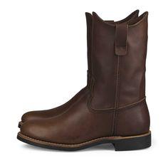 """Red Wing Pecos 3468 Der neue Red Wing 10-inch Pecos 3468 in dem braunen Amber Harness Leder ist DER Schuh für Asphalt-Cowgirls . Es ist die direkte Übersetzung des Cowboy Klassikers """"Pecos"""" aus der Herrenlinie. Die etwas..."""
