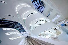 Library and Learning Centre University of Economics Vienna / Zaha Hadid Architects [Zaha Hadid: http://futuristicnews.com/tag/zaha-hadid/]