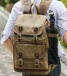 military rucksack Size: 30*16*42 cm Fabric Photography, Photography Bags, Backpack Bags, Leather Backpack, Waterproof Camera Backpack, Vintage Backpacks, Shoulder Backpack, Vintage Canvas, Khaki Green