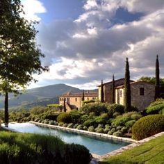 #Noci di #Reschio a superb rental house at Castello di Reschio #Umbria #Italy