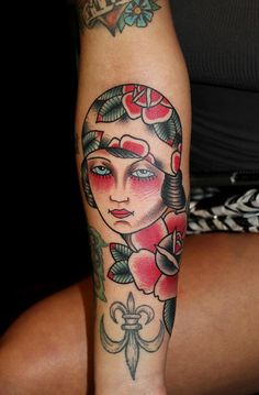 gypsy girl tattoo on Christy Mack by myke chambers . old school tattoo Finger Tattoos, Leg Tattoos, Arm Tattoo, Gypsy Girl Tattoos, Liberty Tattoo, Americana Tattoo, Old School Ink, Sword Tattoo, Old School Tattoo Designs