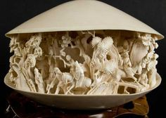 Antique Chinese ivory clam shell