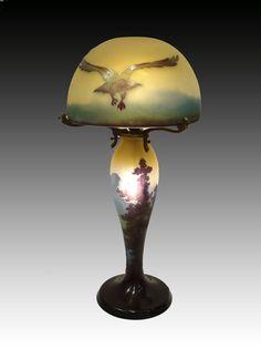 Artist: Émile Gallé  Period/Year: 20th Century - Art Noveau  Size: 52 cm. (altura)  Nationality: France  Materials: Glass