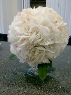 DIY Pomander Centerpieces :  wedding bouquet centerpieces ceremony decor diy floral flowers how to 1 inspiration ivory reception white Photo 2