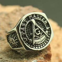 Looking for your next Masonic ring? Check out our recently added Past Master stainless steel Masonic ring - limited stock available. Masonic Store, Masonic Art, Masonic Lodge, Masonic Symbols, Knights Templar Ring, Freemason Ring, Masonic Watches, Gold Skull, Band Of Brothers