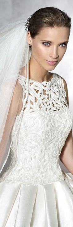 PRONOVIAS PRANETTE wedding gown