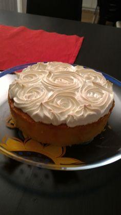Lemon marengue cake