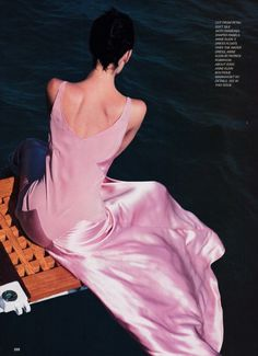 """US Vogue June 1995, """"A Passion For Pink,"""" Shalom Harlow by Herb Ritts"""