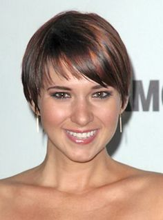 Dorothy Hamill Wedge Haircut | BEST HAIRSTYLE IN ATHLETICS ...