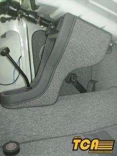 Fusca 84 de Console Central com acoplamento para DVD é Comando de Vidro. Vista Frontal Vista Lateral. Adaptação de Banco é Trilho Moderno.... Vw Super Beetle, Custom Car Interior, Truck Interior, Vw Conversions, Vw Classic, Beach Buggy, Golf 1, Vw Cars, Transporter