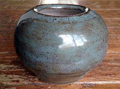 My pottery - Glaze - Outside: Amaco tourmaline (2 coats) over Amaco Temmoku (2 coats) Inside: Coyote oatmeal - On red clay