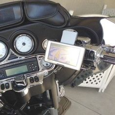 eCaddy® Diamond Garmin Nuvi GPS Motorcycle Mount for Harley-Davidson Brake/Clutch (black) The most versatile way to mount Garmin Nuvi GPS on a motorcycle!The co