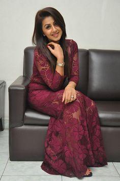 Hot and sweet actress Nikki Galrani's Photos collection South Indian Actress Hot, Most Beautiful Indian Actress, Beautiful Actresses, Beautiful Women Over 40, Beautiful Girl Image, Indian Celebrities, Bollywood Celebrities, Beauty Full Girl, Beauty Women