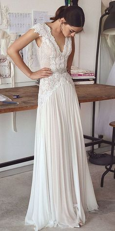 lace wedding dress with cap sleeves #weddingdresses #weddingdress #bohowedding