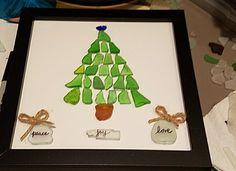 Hand made Christmas tree by Me. Christmas Pebble Art, Driftwood Christmas Tree, Glass Christmas Tree, Beach Christmas, Christmas Crafts For Gifts, Sea Glass Decor, Sea Glass Crafts, Sea Crafts, Sea Glass Art