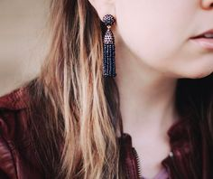 These mini @baublebar tassel earrings have quickly become my favorites! I got them in 3 colors and they're so stinkin' cute! Not heavy at all! Easy way to add a little something extra to your outfit. // Details will be listed in an instagram roundup on Tuesday! What are some of your jewelry favorites? #baublebar #jewelry #details #earrings