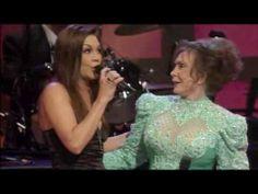 """Loretta Lynn & Gretchen Wilson - """"You Ain't Woman Enough"""" on Opry Live"""