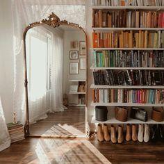 Home Interior Design .Home Interior Design My New Room, My Room, Deco Studio, Vintage Room, Sala Vintage, Bedroom Vintage, Aesthetic Rooms, Cozy Living Rooms, Vintage Living Rooms