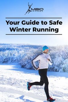 Cold weather doesn't mean you have to stop exercising, but it does mean you need to take some extra precautions. Stay safe with this guide to winter running. Running Plan, Running For Beginners, How To Start Running, Running Workouts, Running Tips, Running In Cold Weather, Winter Running, Marathon Motivation, Training Motivation