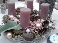 Christmas Advent Wreath, Christmas Home, New Years Decorations, Christmas Decorations, Table Decorations, Advent Candles, Rose Candle, Natural Christmas, Centerpieces