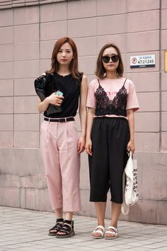 seoul-fashion-week-macthing-couples-street-style-03