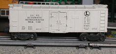 Lionel postwar # 3482 Automatic Refrigerated Milk Car.