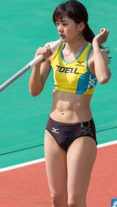 Artistic Gymnastics, Gymnastics Girls, Beautiful Athletes, Athletic Girls, Cute Japanese Girl, Sporty Girls, Track And Field, Beautiful Asian Women, Sexy Asian Girls
