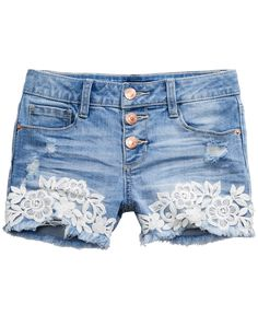 Floral lace lends a little beauty to these cool denim shorts from Imperial Star. Diy Lace Jeans, Diy Lace Shorts, Denim And Lace, Lace Jean Shorts, Girls Denim Shorts, Embellished Shorts, Thrift Fashion, How To Make Shorts, Girl Outfits