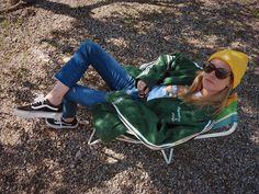 """586 Me gusta, 5 comentarios - Blanca Miró Scrimieri (@blancamiro) en Instagram: """"Waiting al sol ☀️"""""""